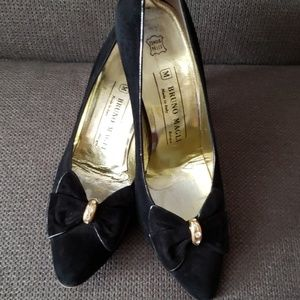Bruno Magli ■ (9)  Black Fancy Heels